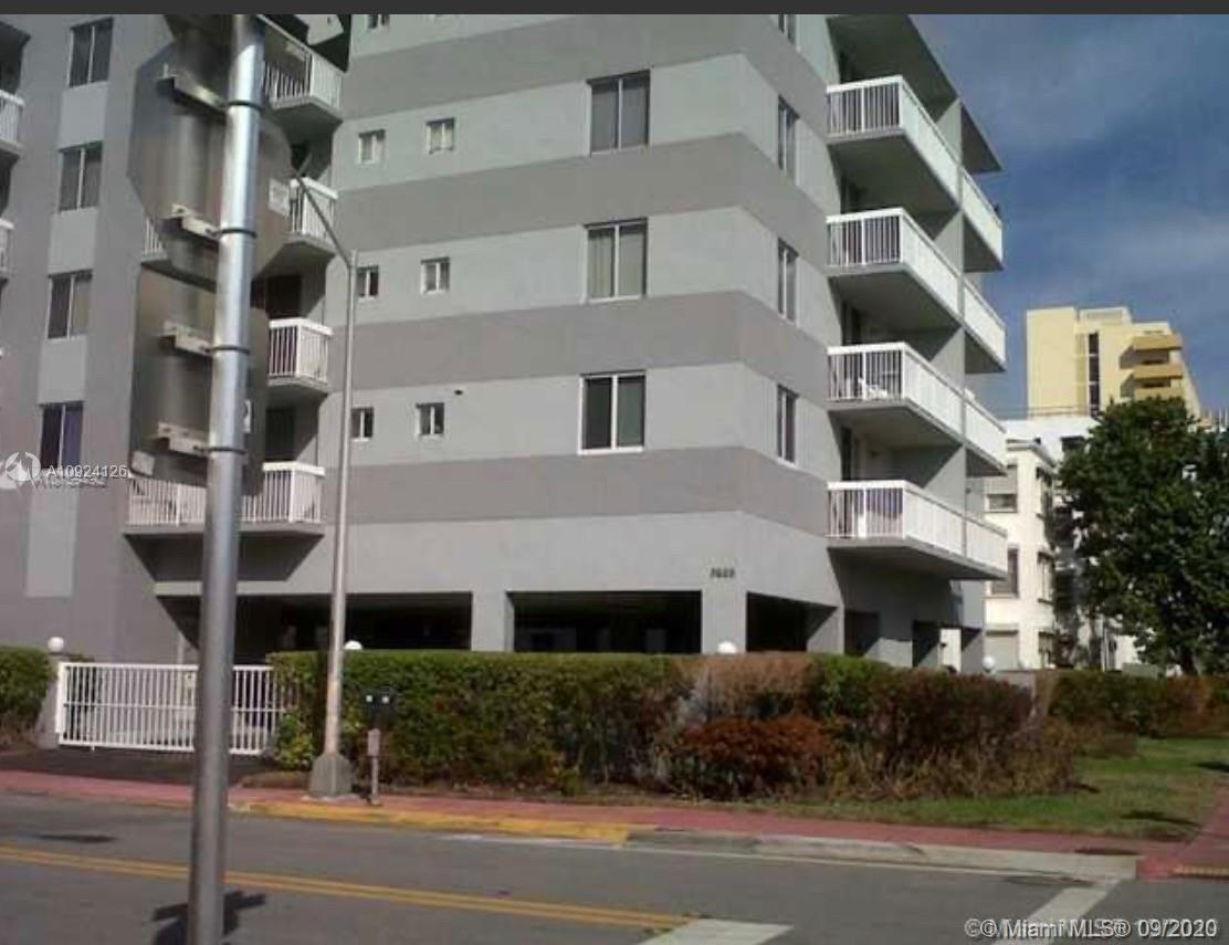 3600 Collins Ave #504