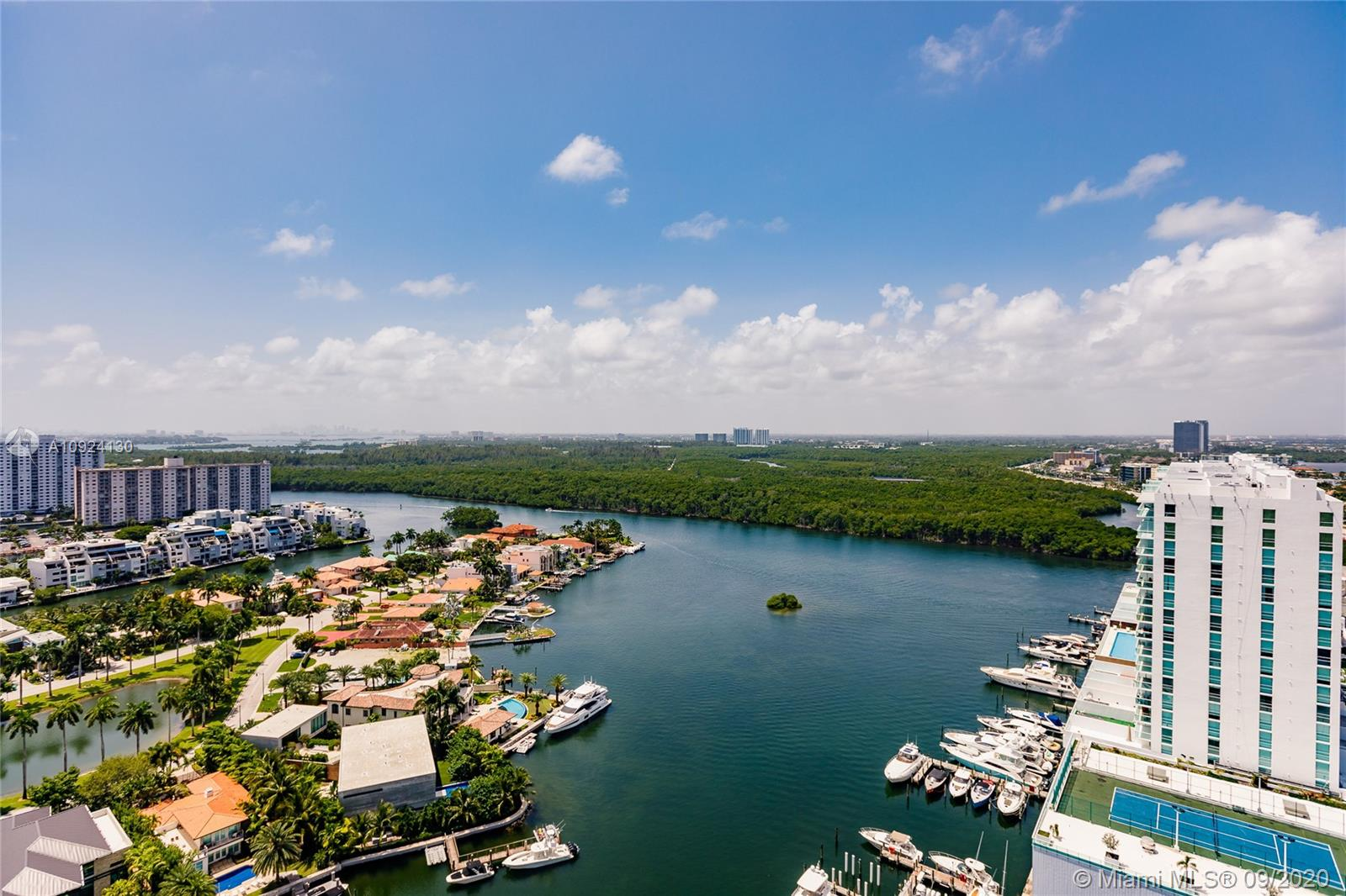 Photo of 330 Sunny Isles Blvd #5-2502 listing for Sale