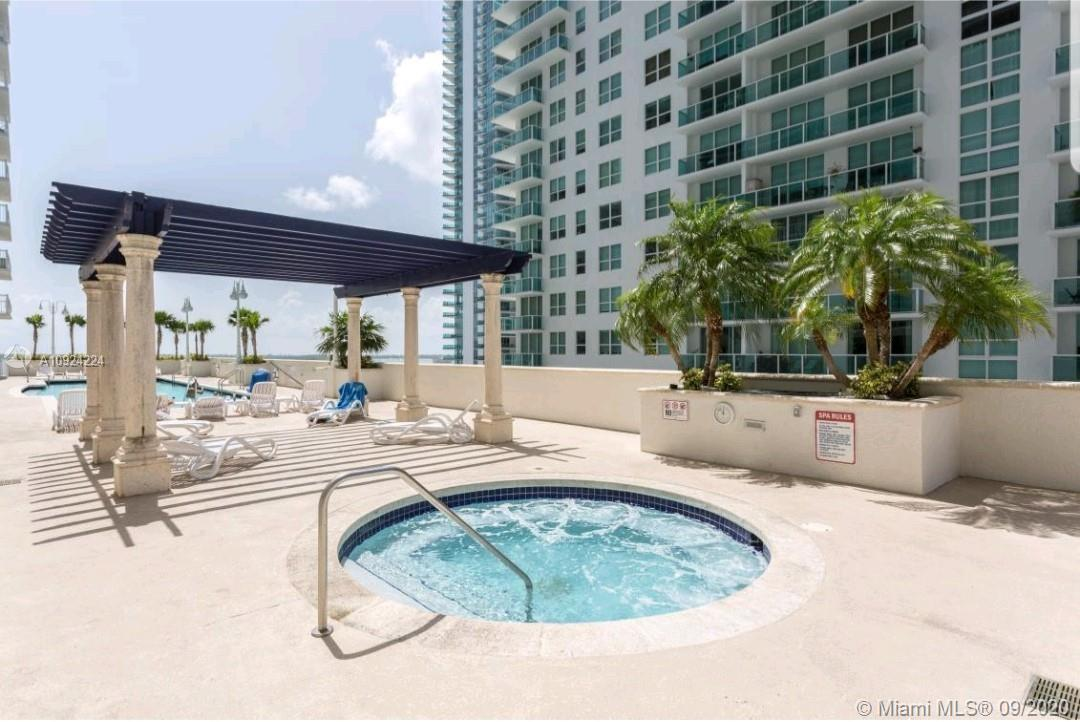 1200 Brickell Bay Dr #2722 photo026