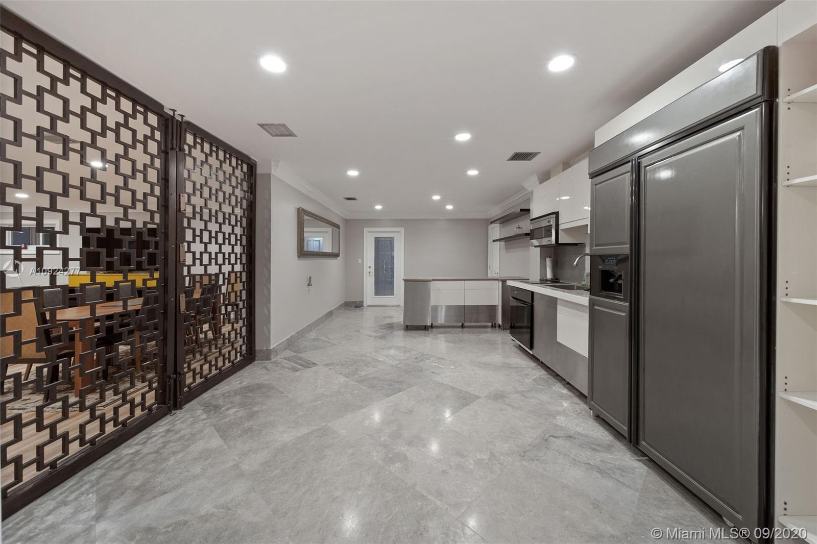 Sublevel kitchen