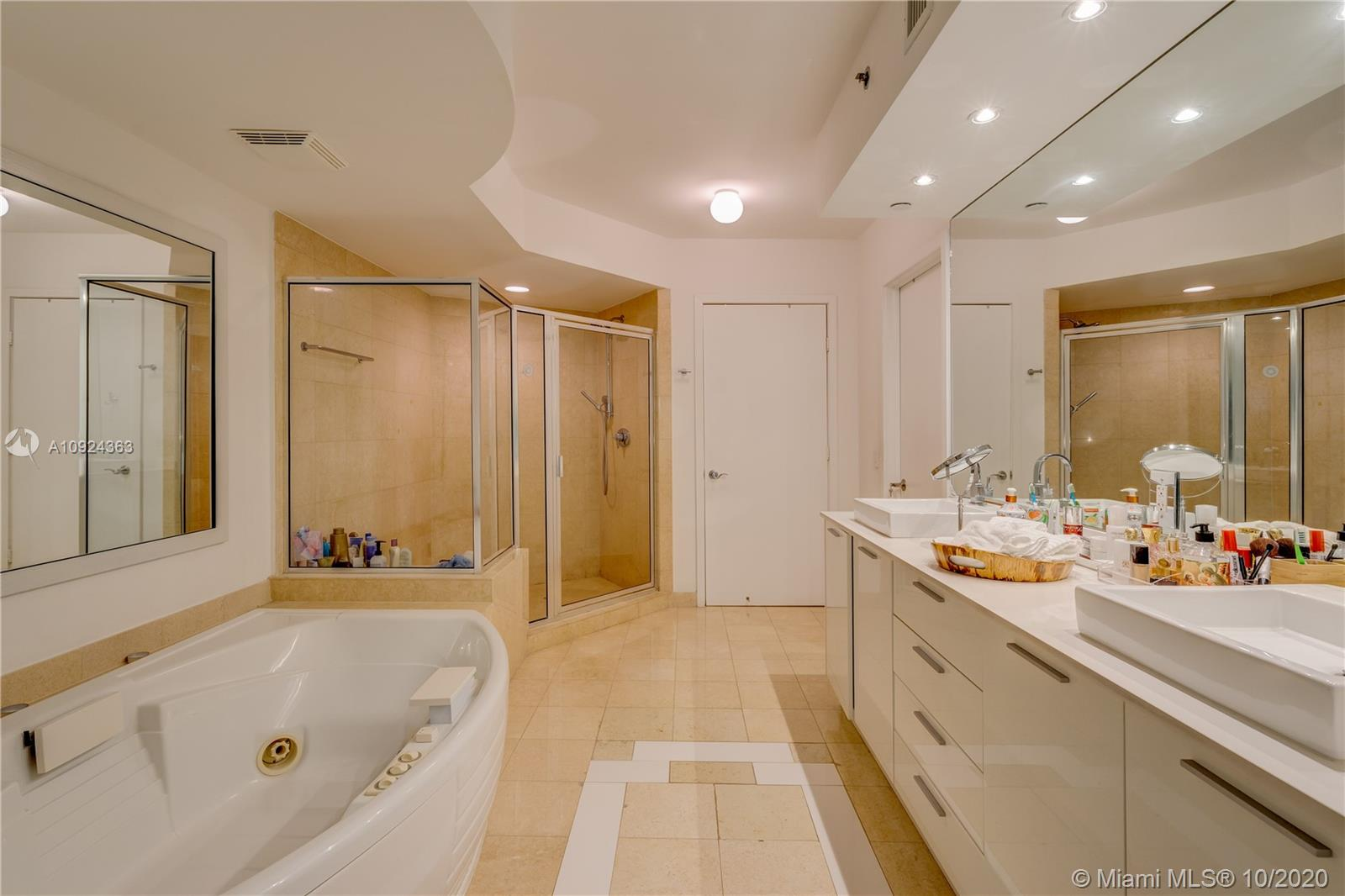 Photo of 18911 Collins Ave #3606 listing for Sale