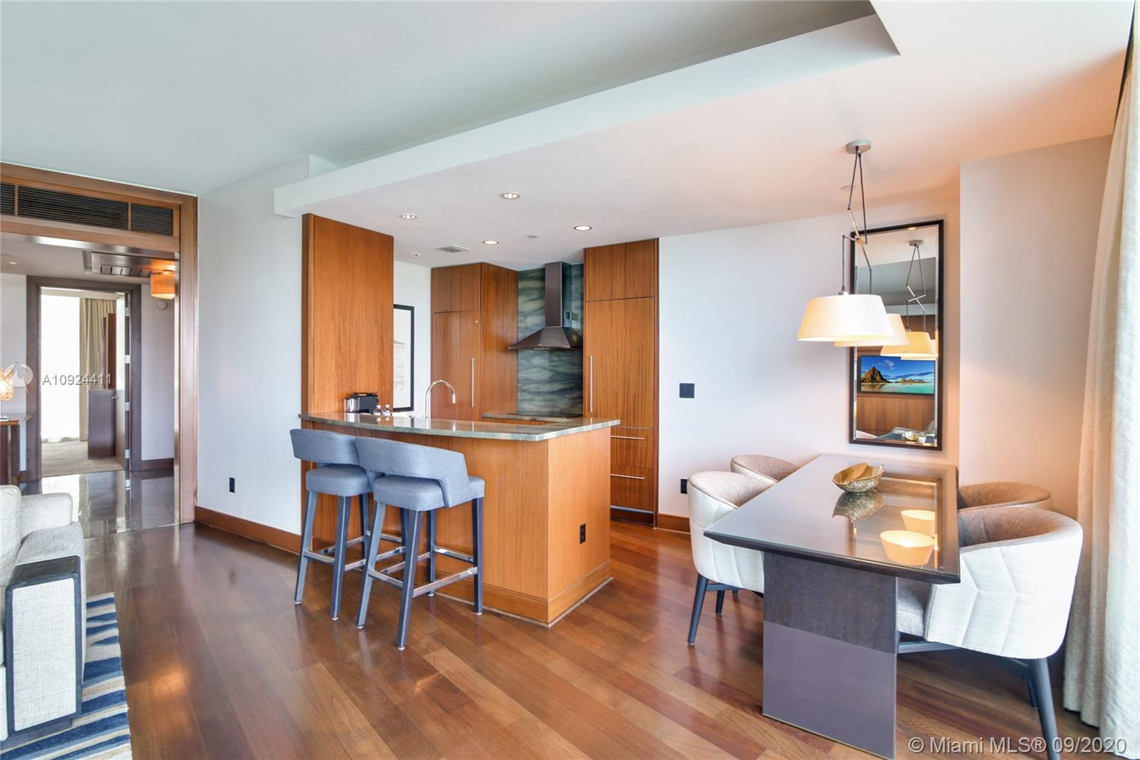 10295 Collins Ave #212-213 photo03