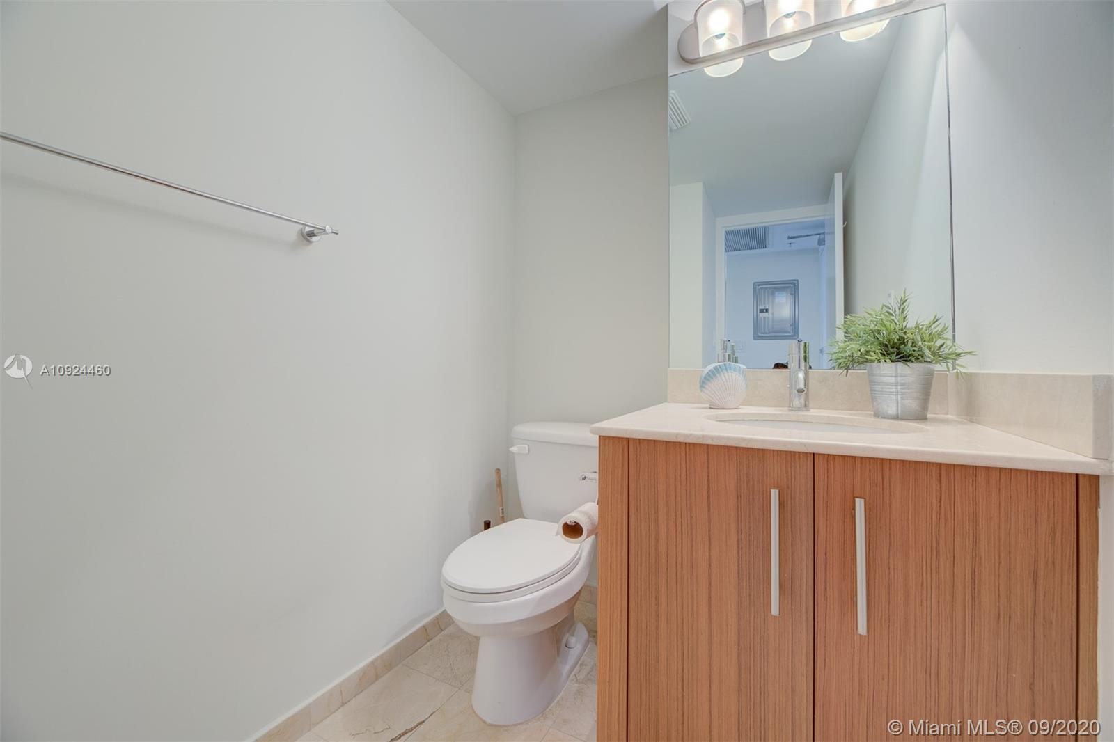 10275 Collins Ave #324 photo016