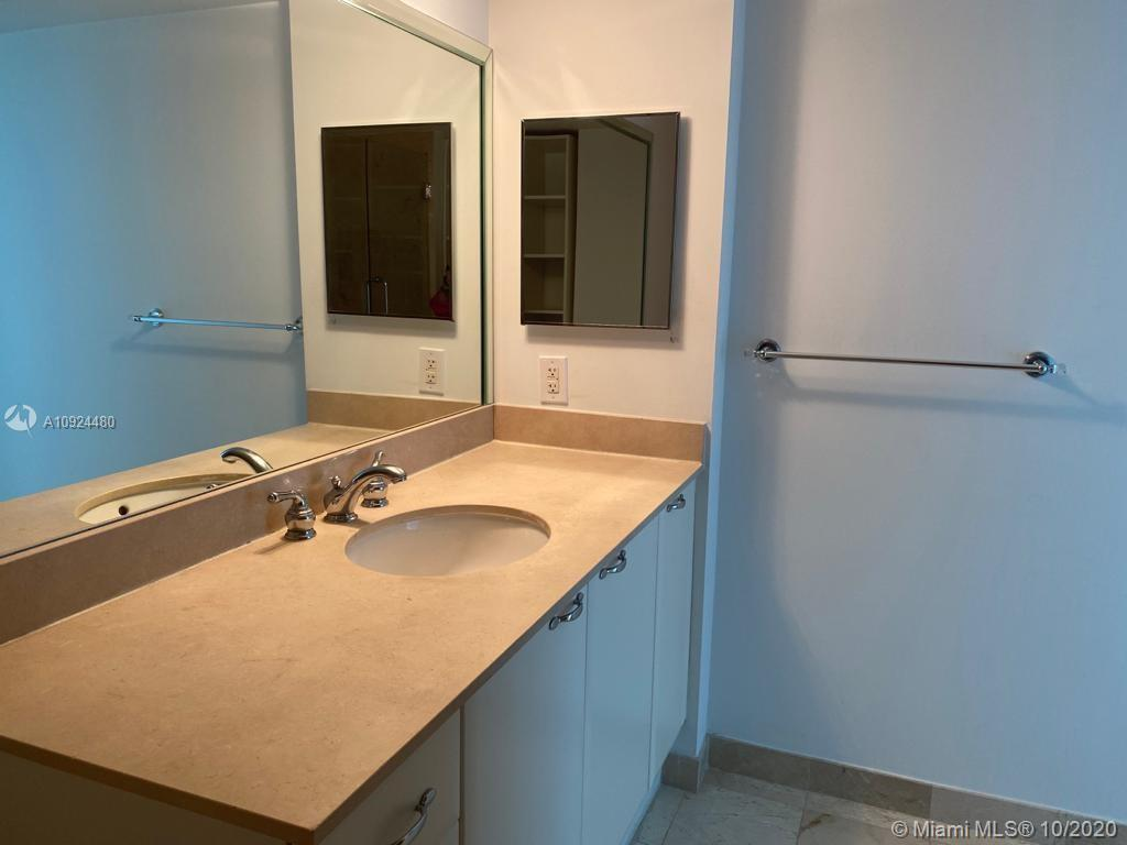 2101 Brickell Ave #1001 photo09