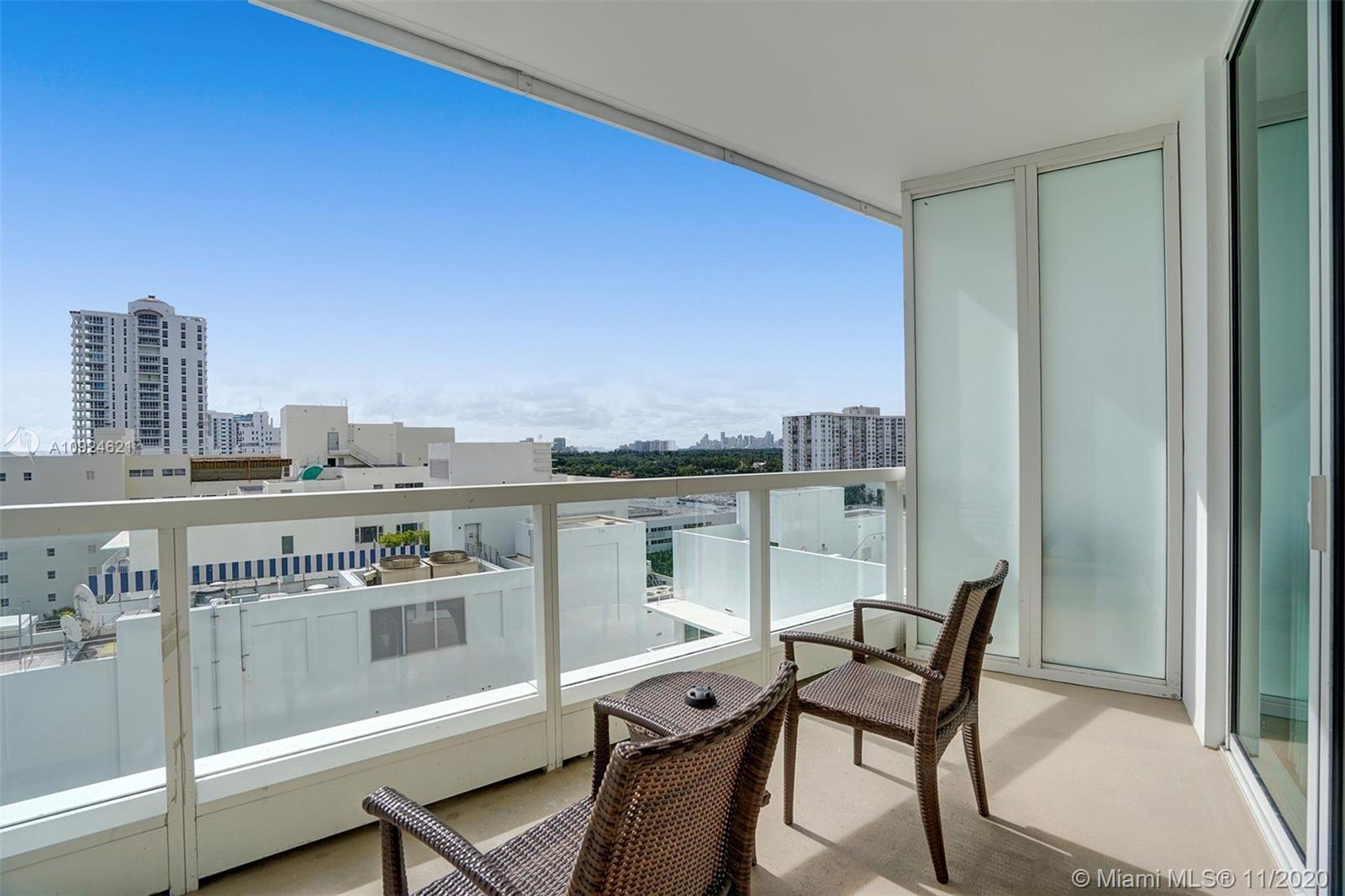 4391 COLLINS AVE #1016 photo010