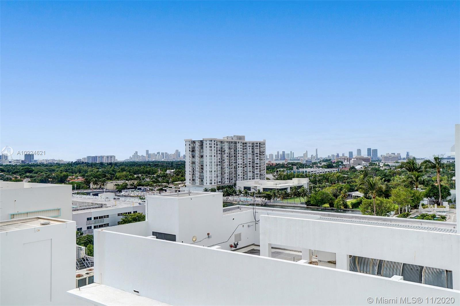 4391 COLLINS AVE #1016 photo014