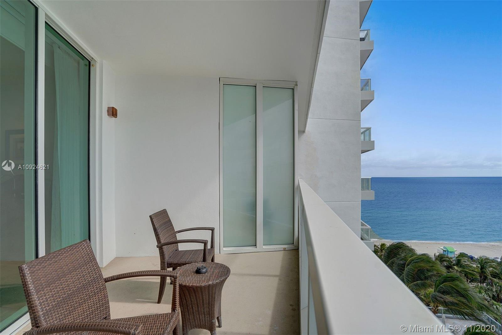 4391 COLLINS AVE #1016 photo04