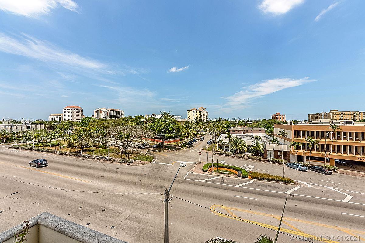 1300 Ponce De Leon Blvd #403 photo017