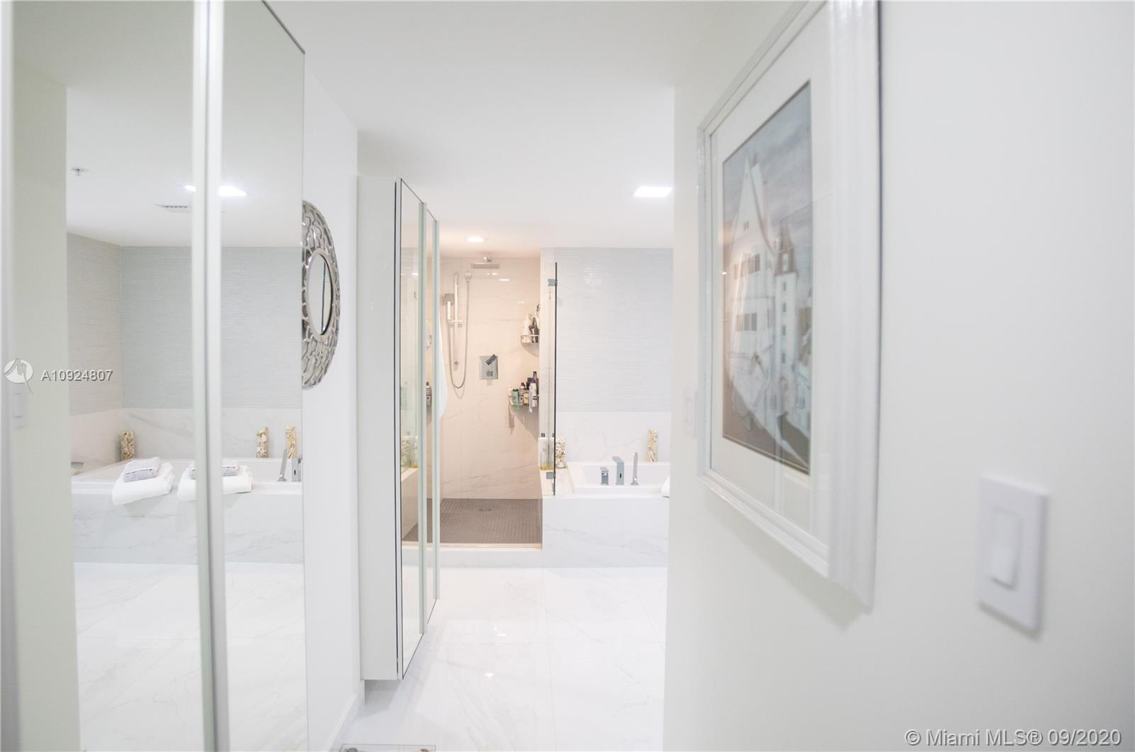 400 Sunny Isles Blvd #1118 photo027