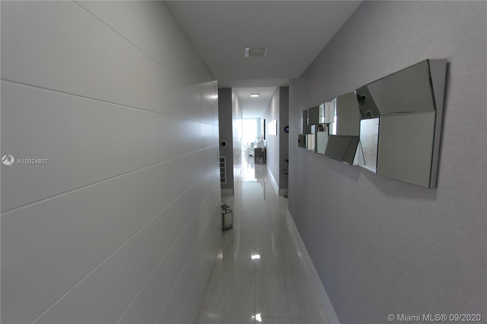 400 Sunny Isles Blvd #1118 photo072