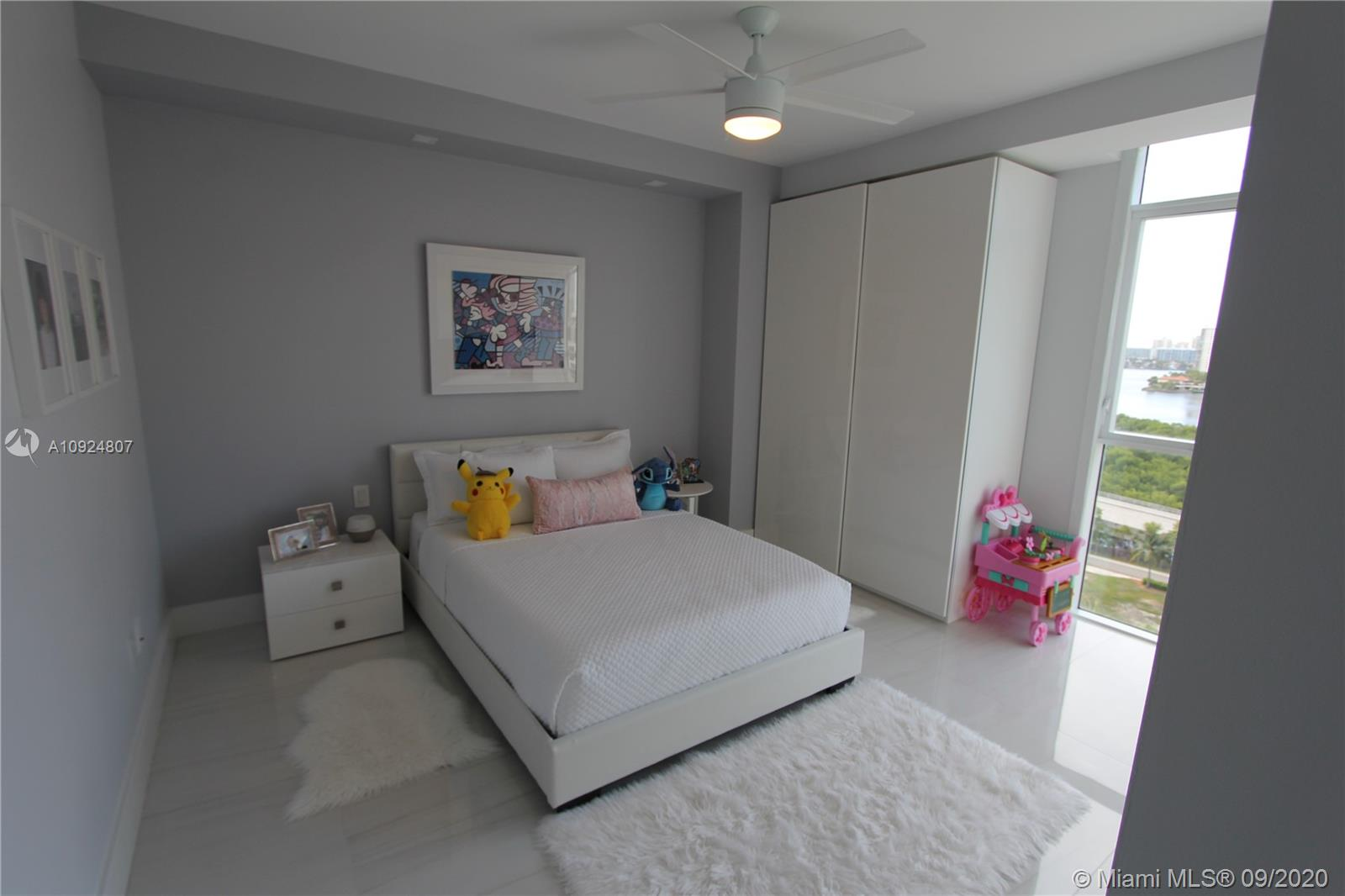 400 Sunny Isles Blvd #1118 photo069