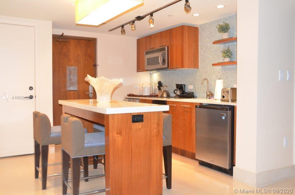6801 Collins Ave #201 photo09