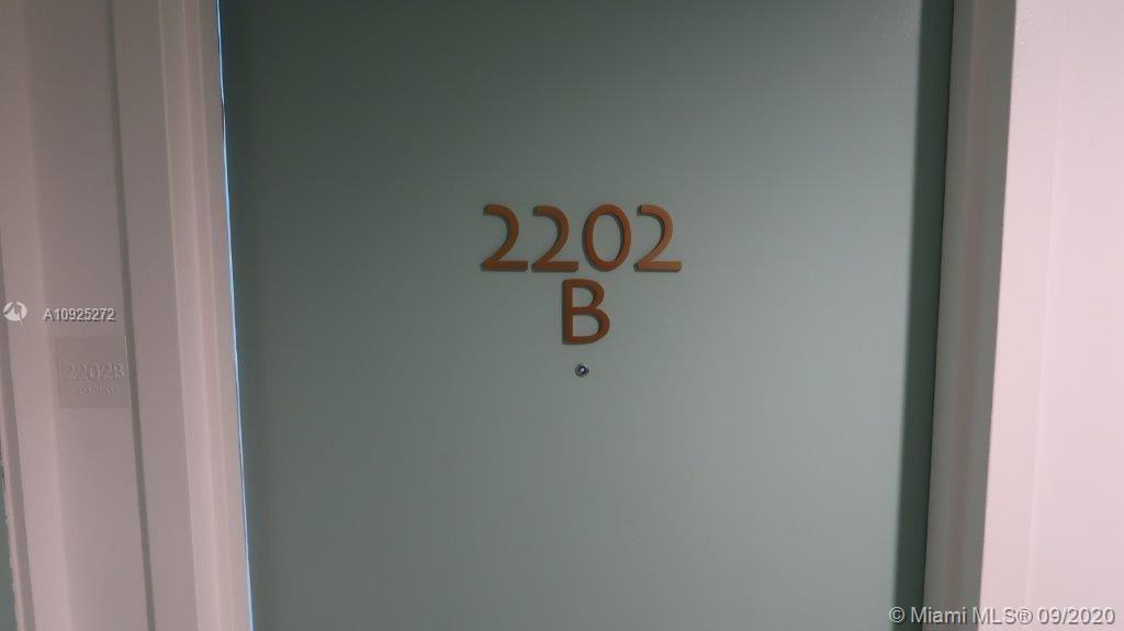 17315 Collins Ave #2202 photo017