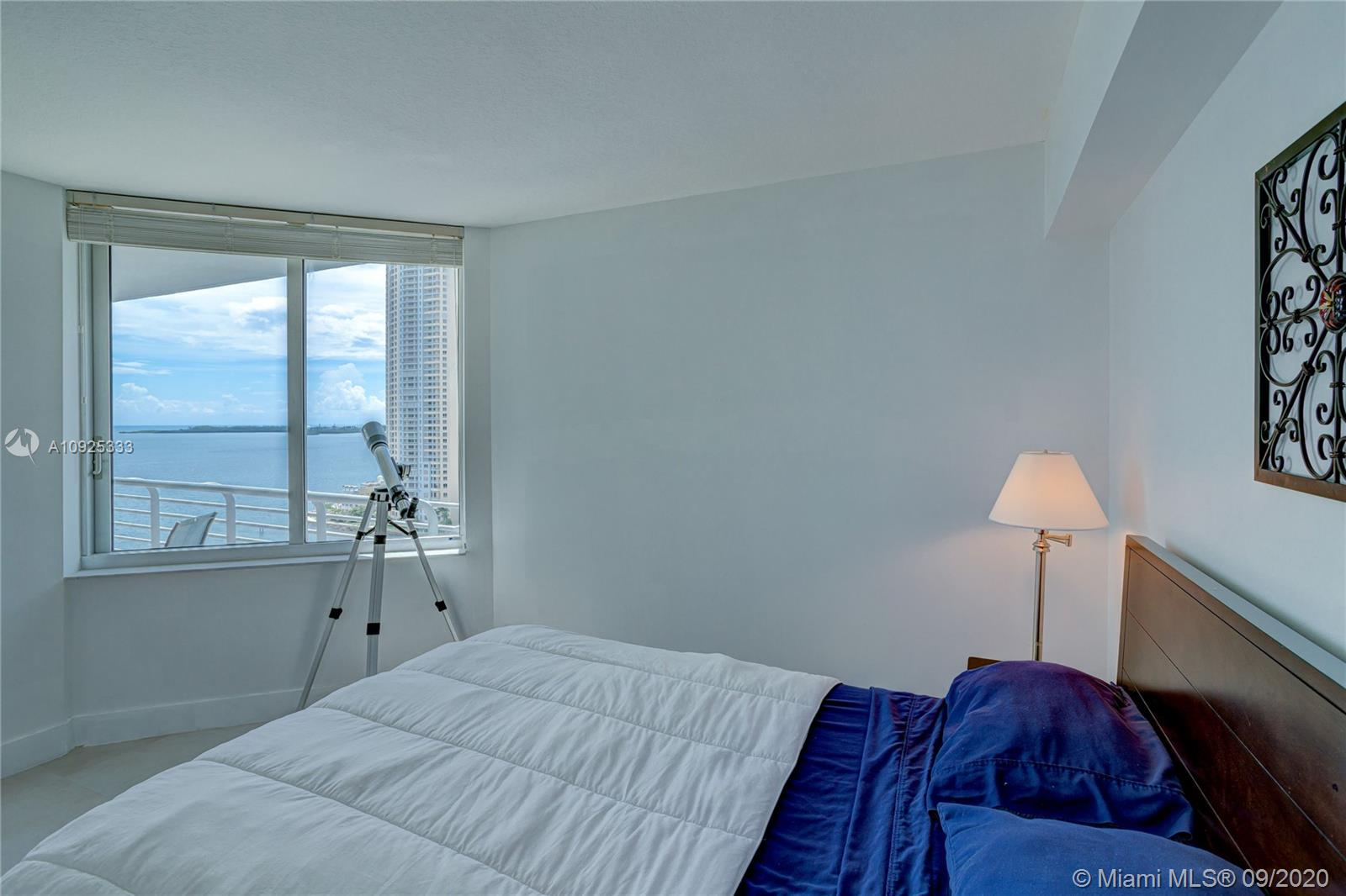 325 S Biscayne Blvd #1821 photo036