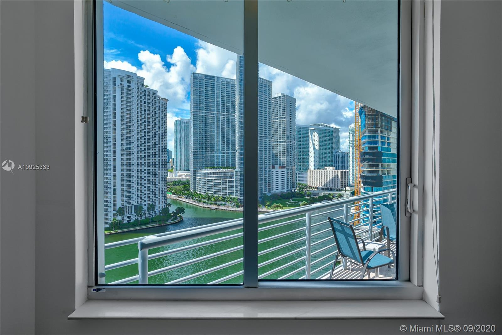 325 S Biscayne Blvd #1821 photo028