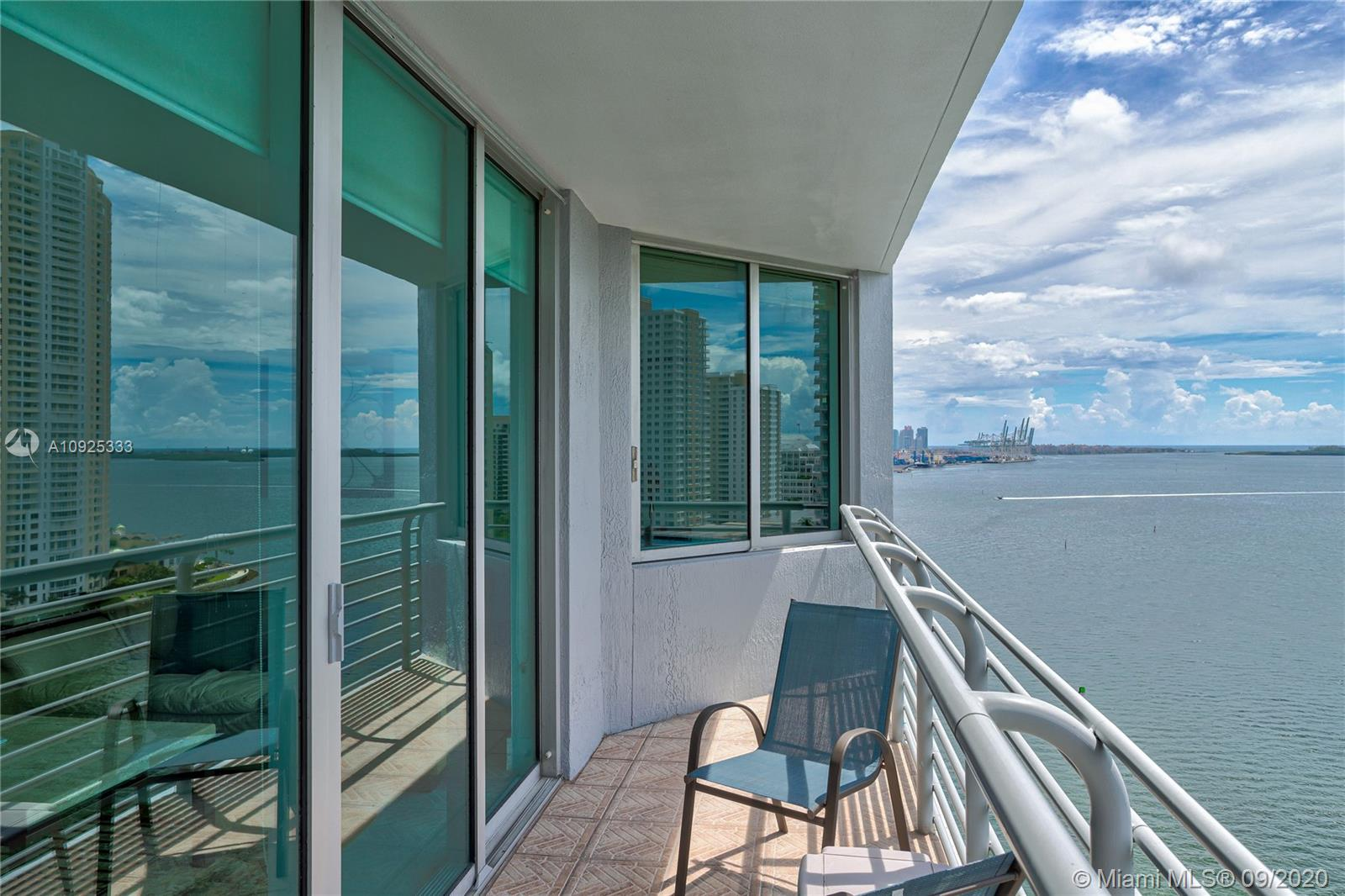325 S Biscayne Blvd #1821 photo041
