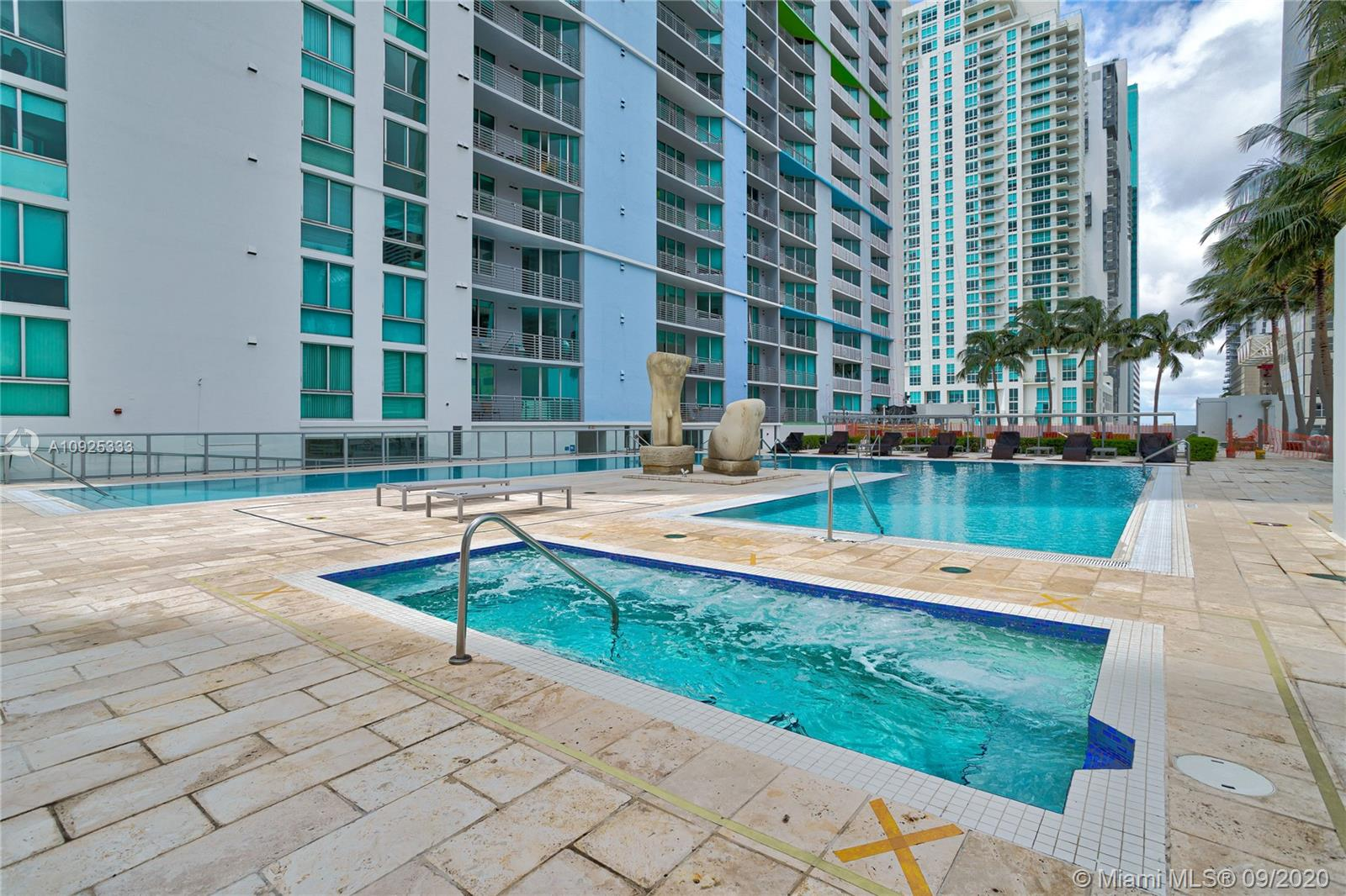 325 S Biscayne Blvd #1821 photo055