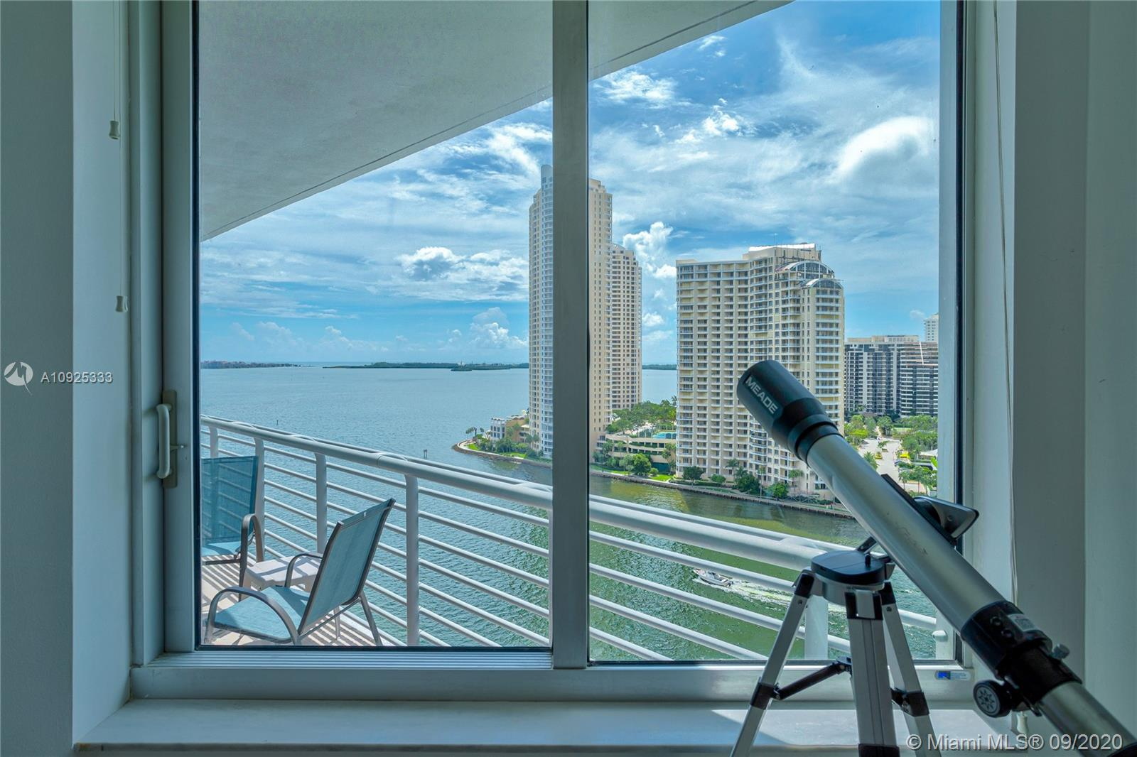 325 S Biscayne Blvd #1821 photo037
