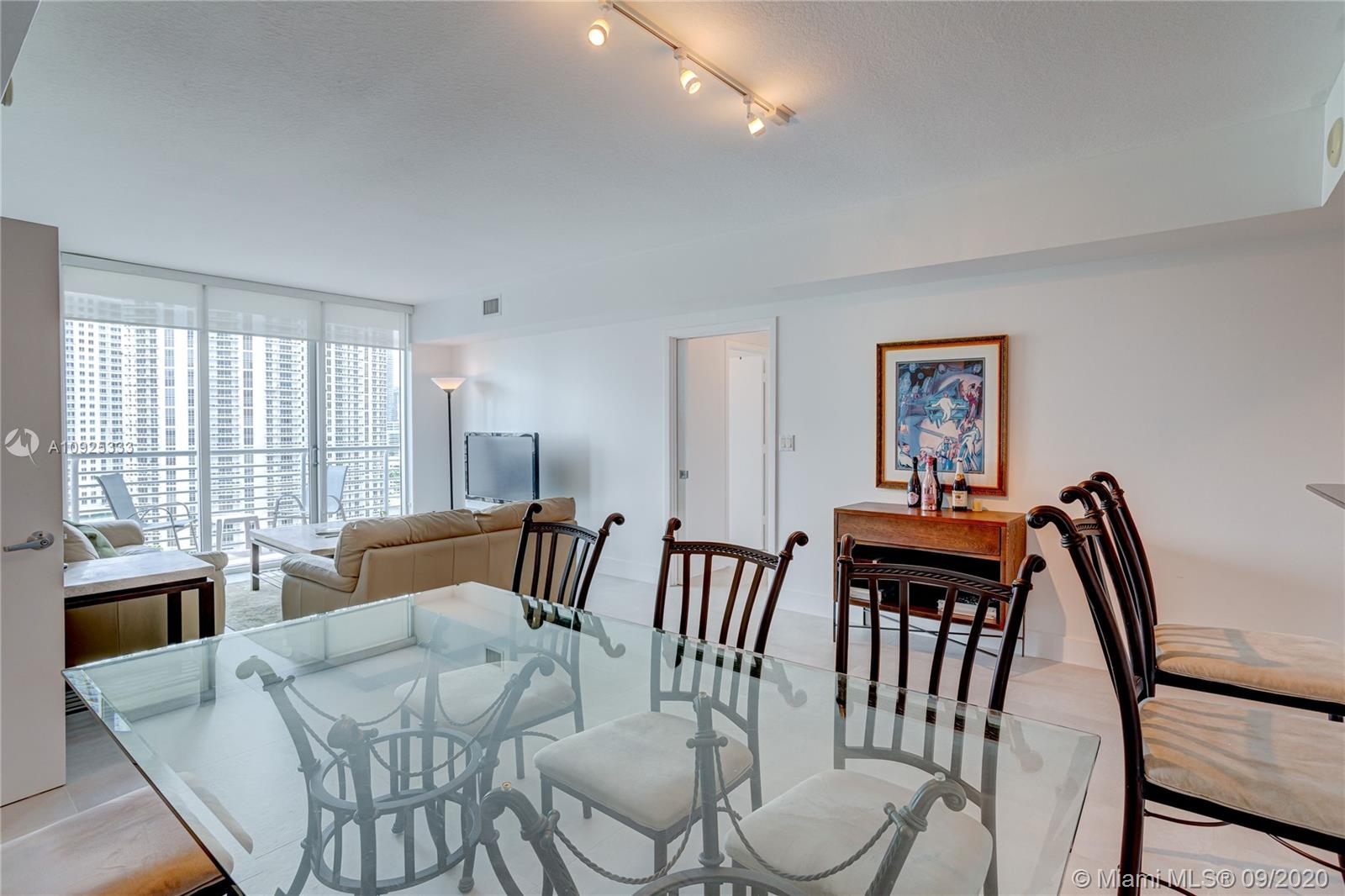 325 S Biscayne Blvd #1821 photo019