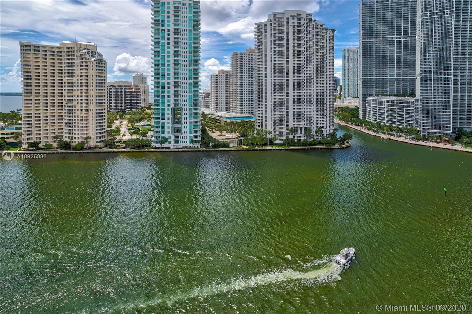 325 S Biscayne Blvd #1821 photo044