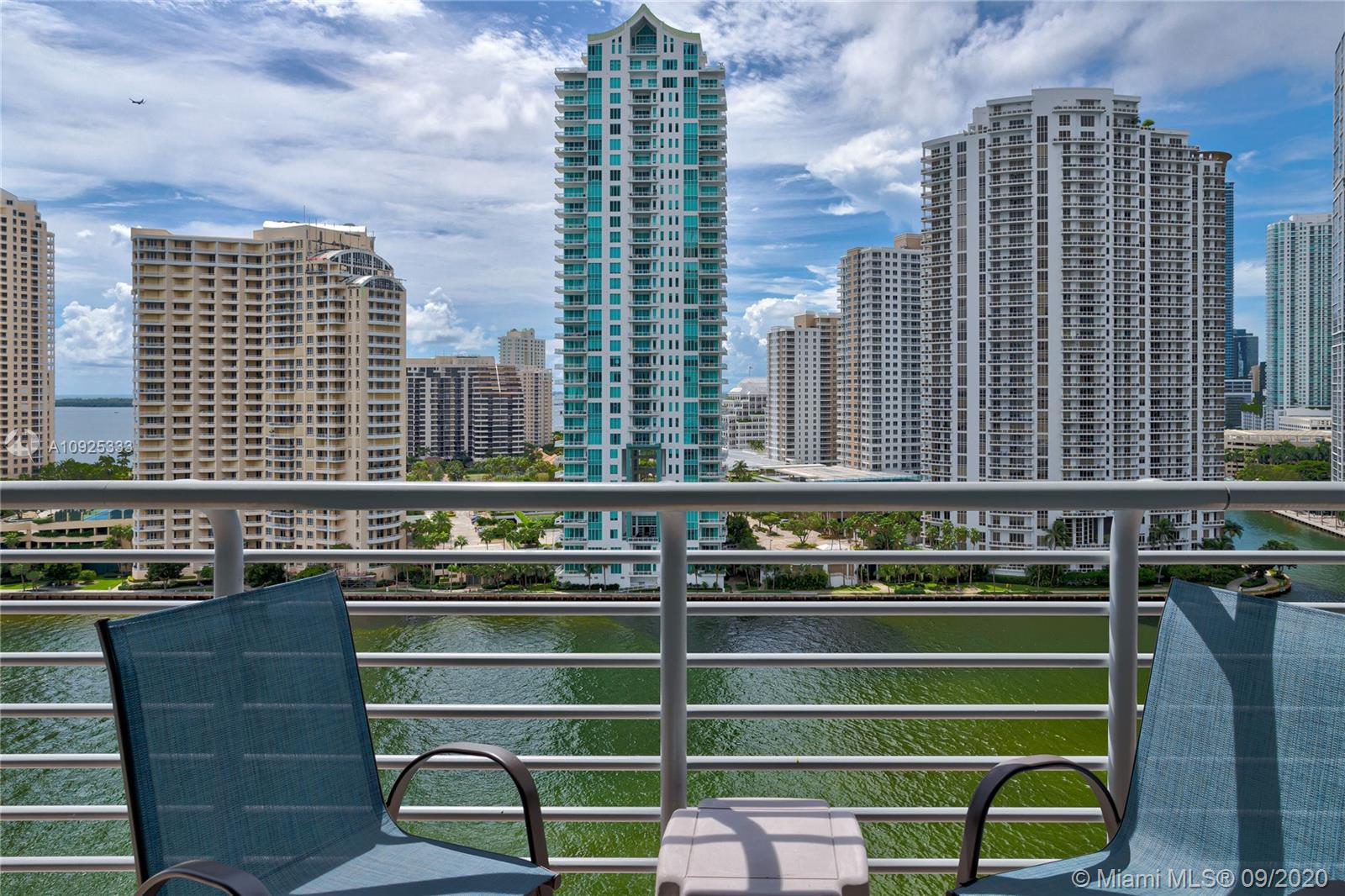 325 S Biscayne Blvd #1821 photo040