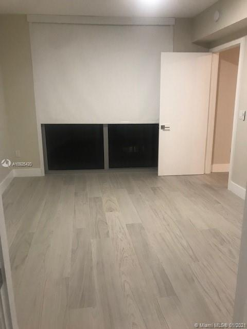 Photo of 488 NE 18th St #2309 listing for Sale