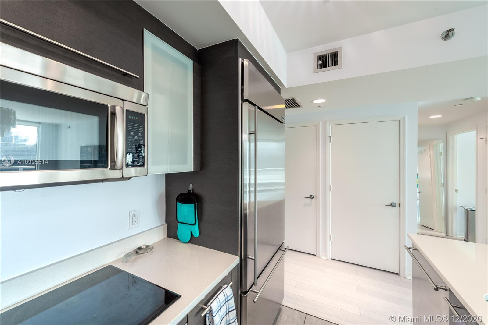 Photo of 55 SE 6th St #1804 listing for Sale