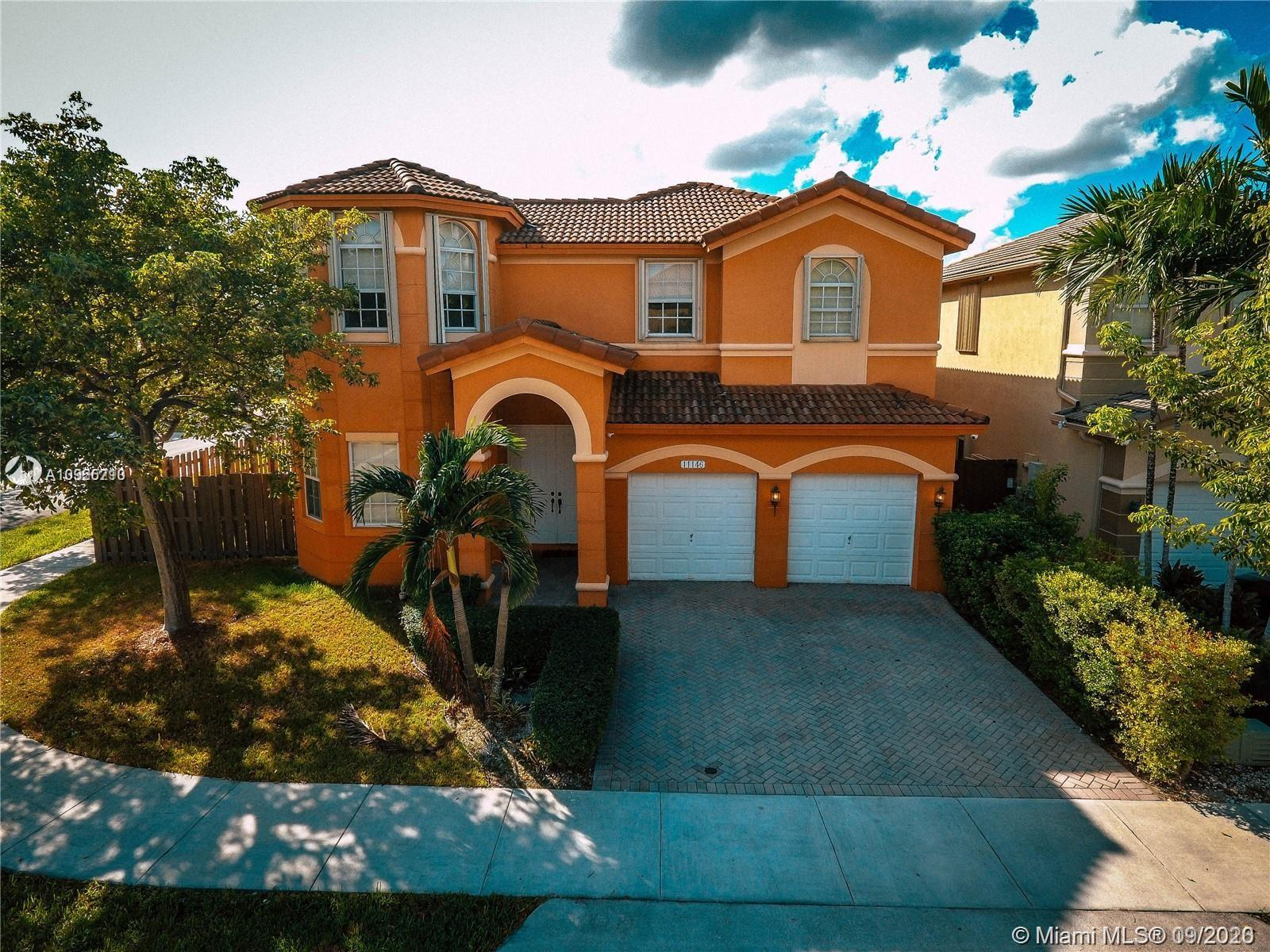 Islands At Doral - 11146 NW 79th Ln, Doral, FL 33178