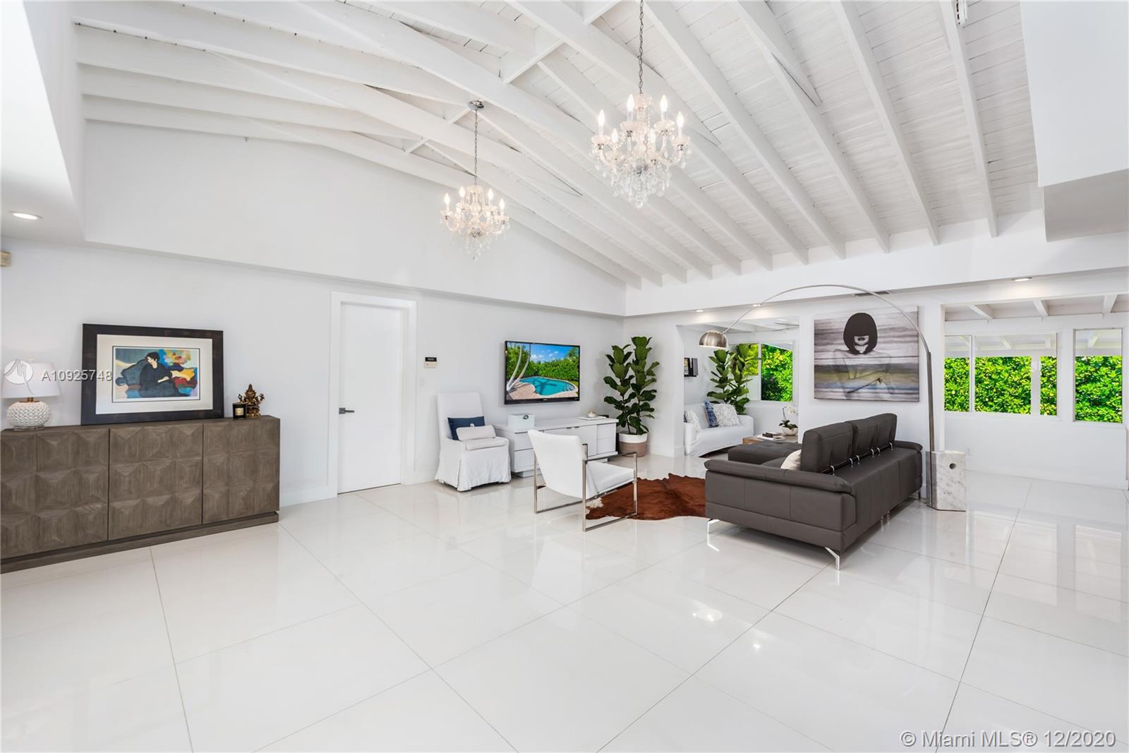 Tropical Isle Homes - 544 Allendale Rd, Key Biscayne, FL 33149