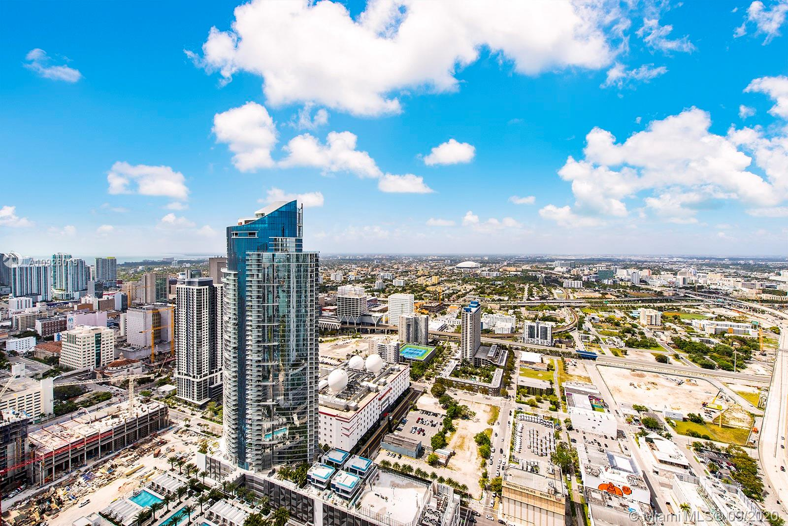 Photo of 1000 Biscayne Blvd #5401 listing for Sale