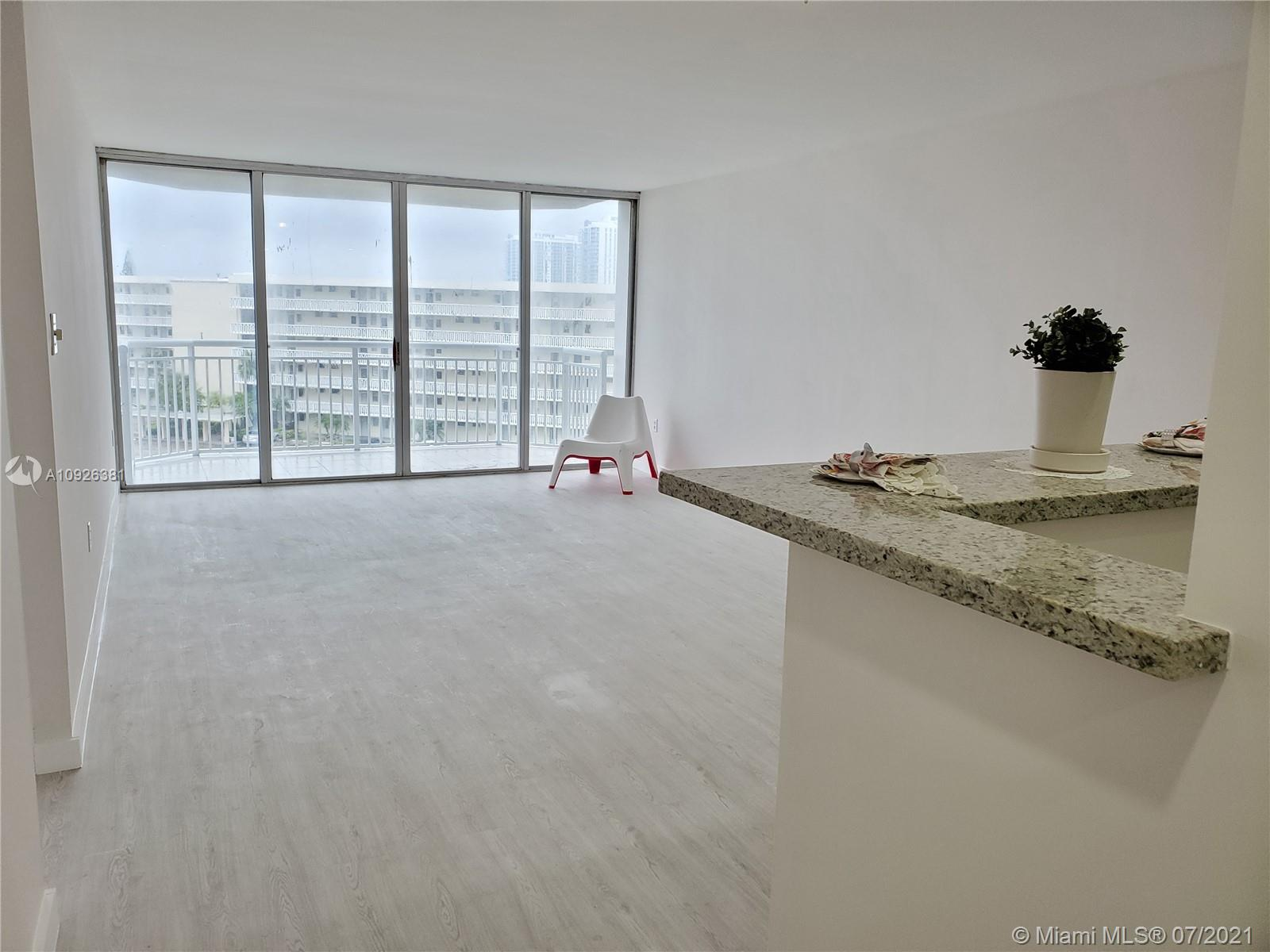 18011 Biscayne Blvd #503 photo012