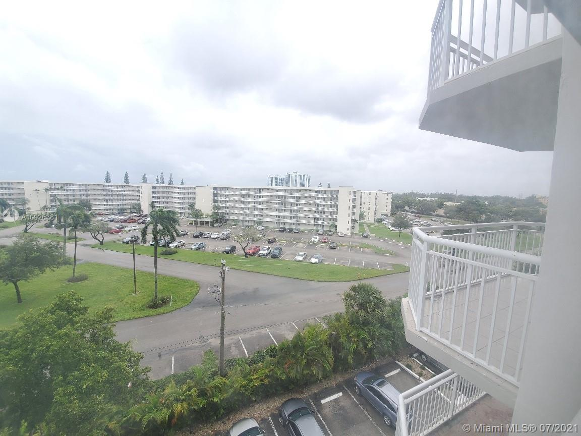 18011 Biscayne Blvd #503 photo022