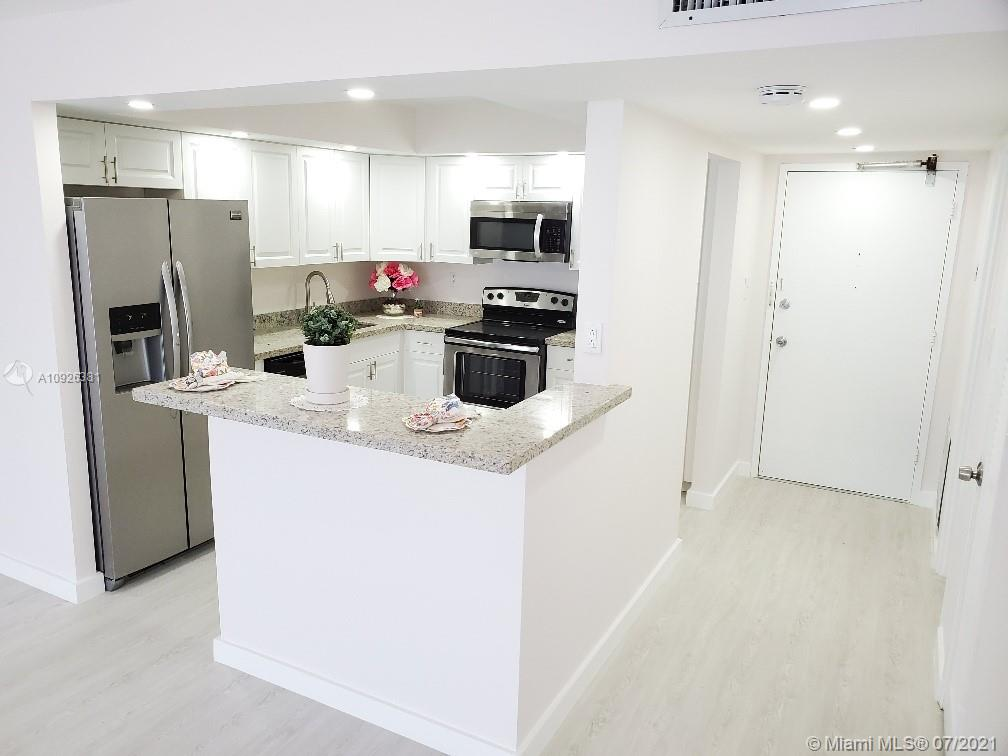 18011 Biscayne Blvd #503 photo08