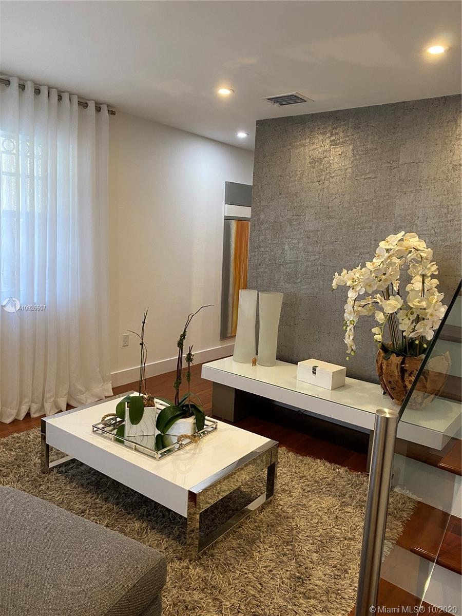 Residential For Sale at 2752 Miami
