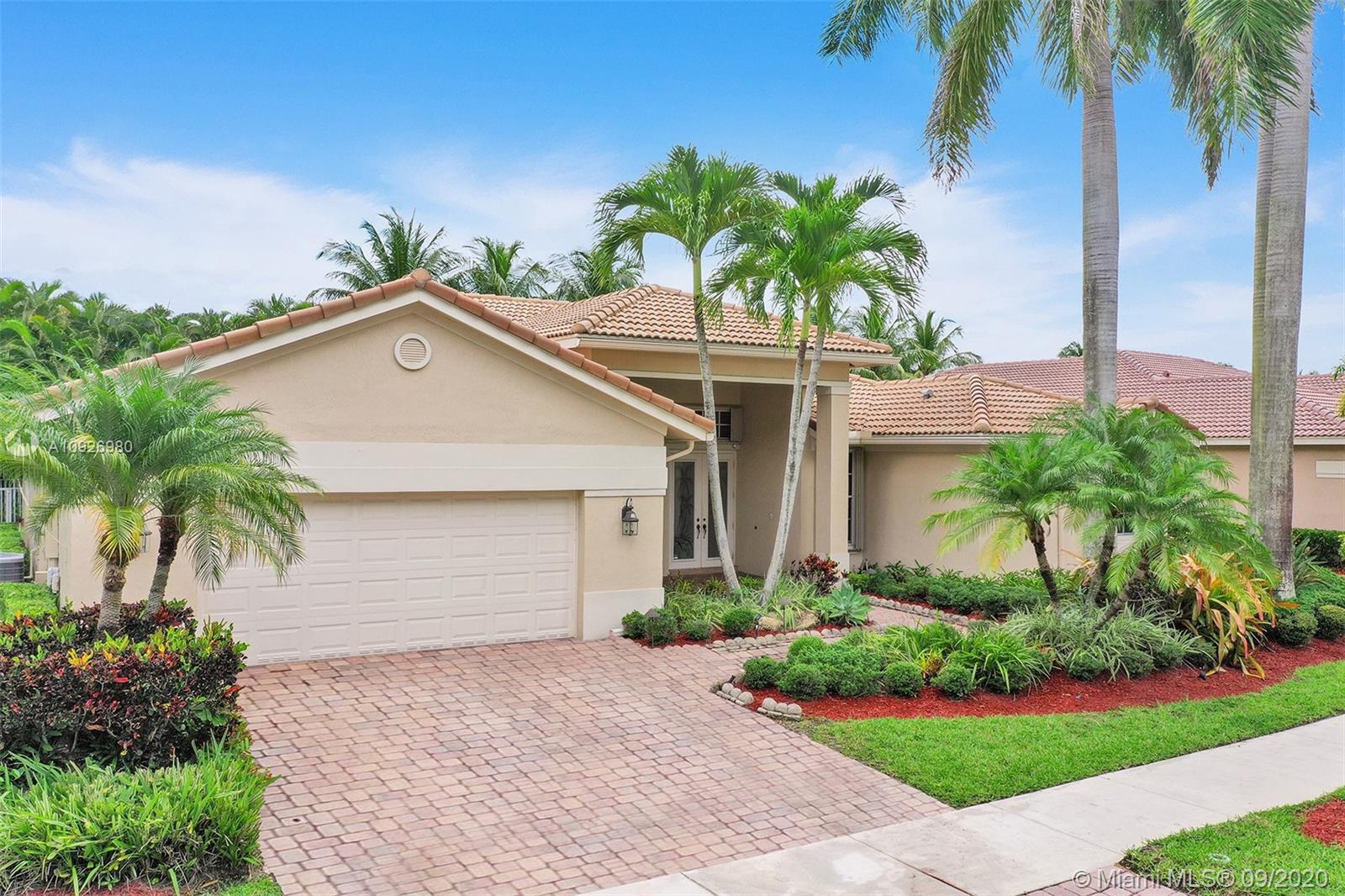 Weston Hills - 1623 Victoria Pointe Lane, Weston, FL 33327