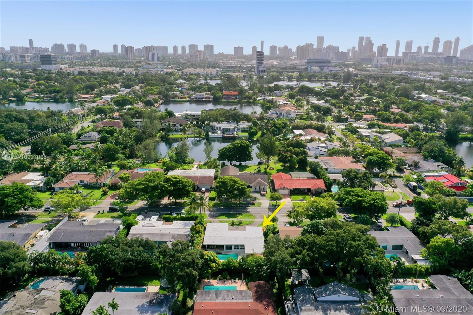 Highland Woods - 19740 NE 22nd Ave, Miami, FL 33180