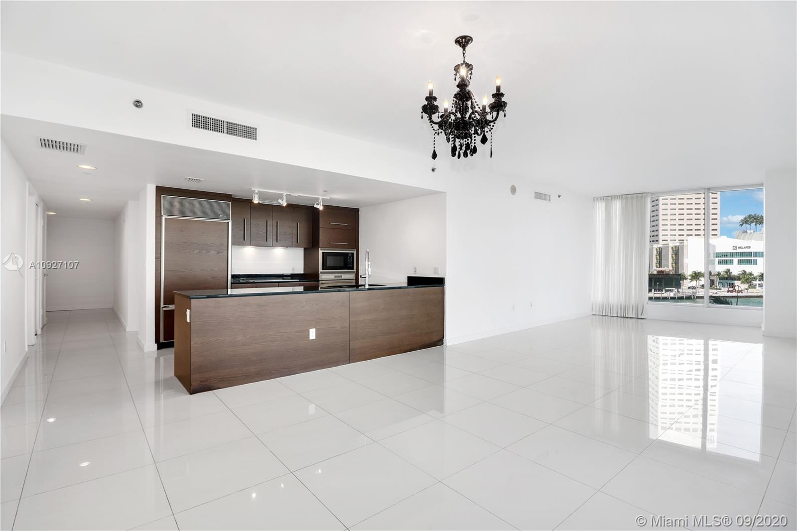 Icon Brickell 1 #401 - 465 Brickell Ave #401, Miami, FL 33131