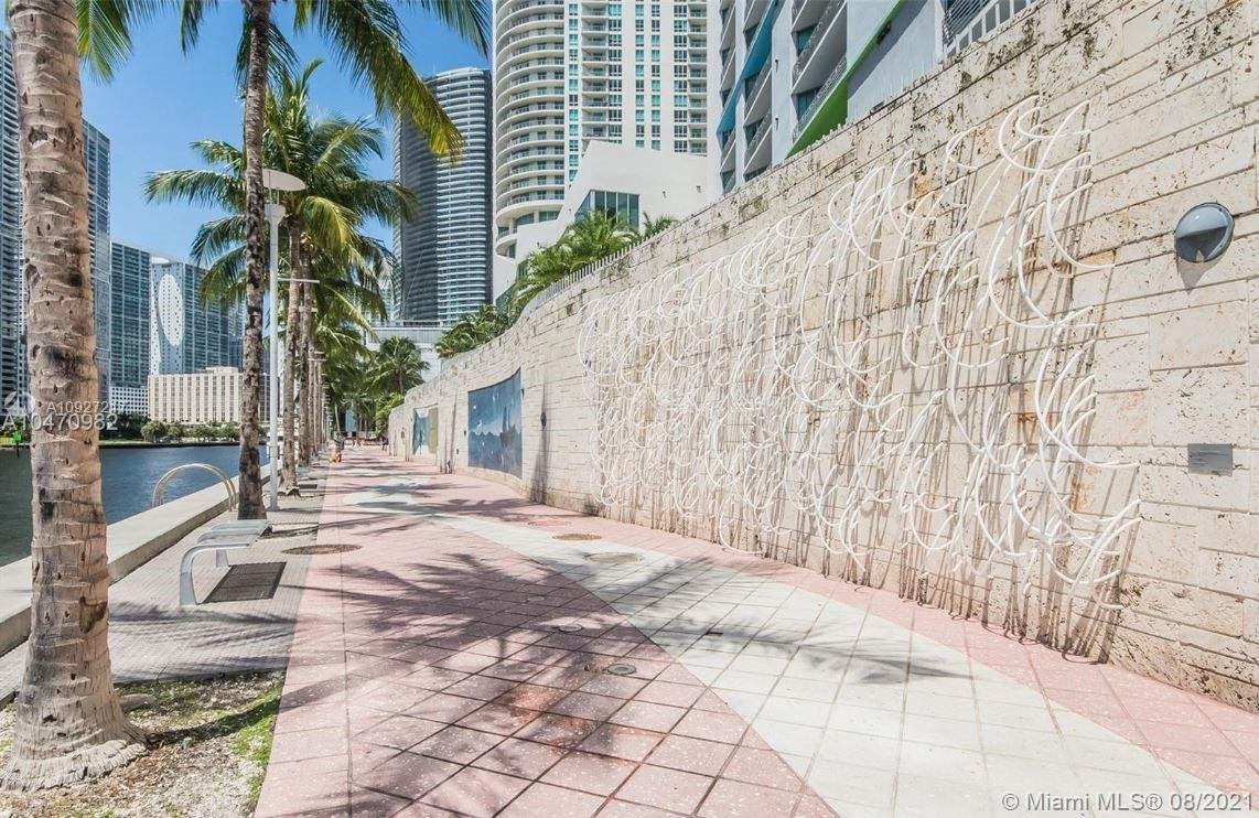 325 S Biscayne Blvd #3618 photo022