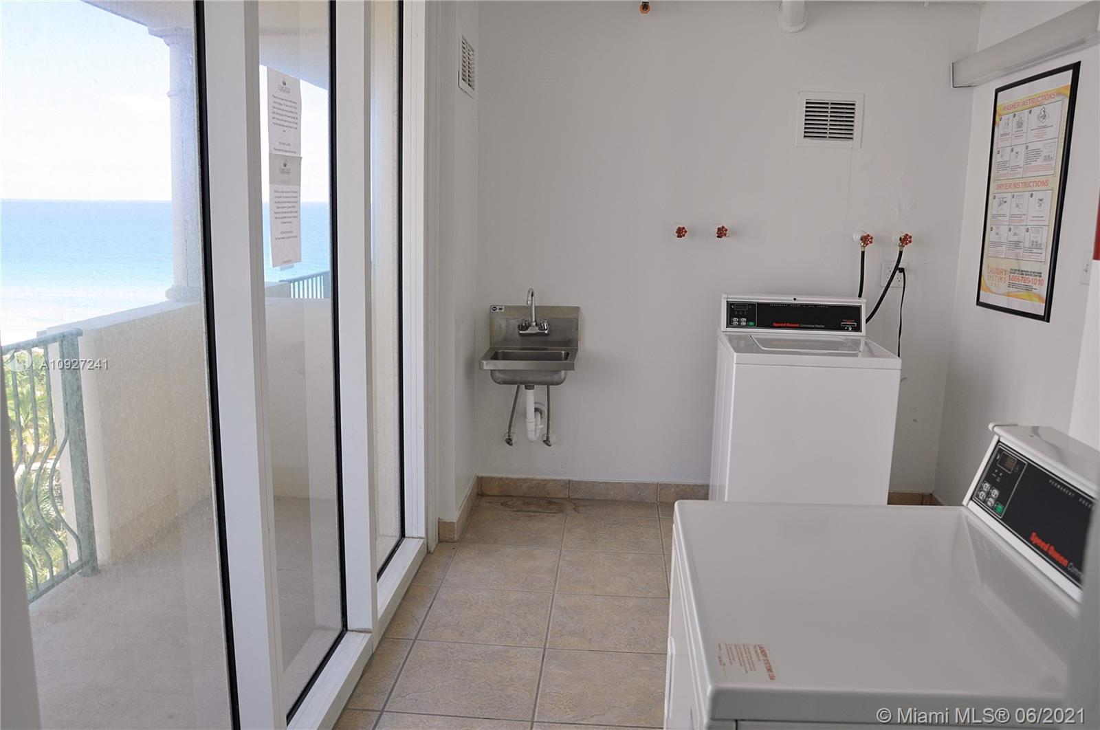 9195 Collins Ave #403 photo08