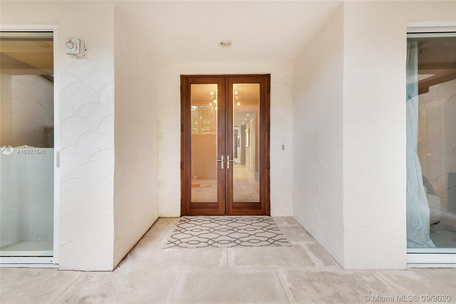 Photo of 2415 Fisher Island Dr #5105 listing for Sale