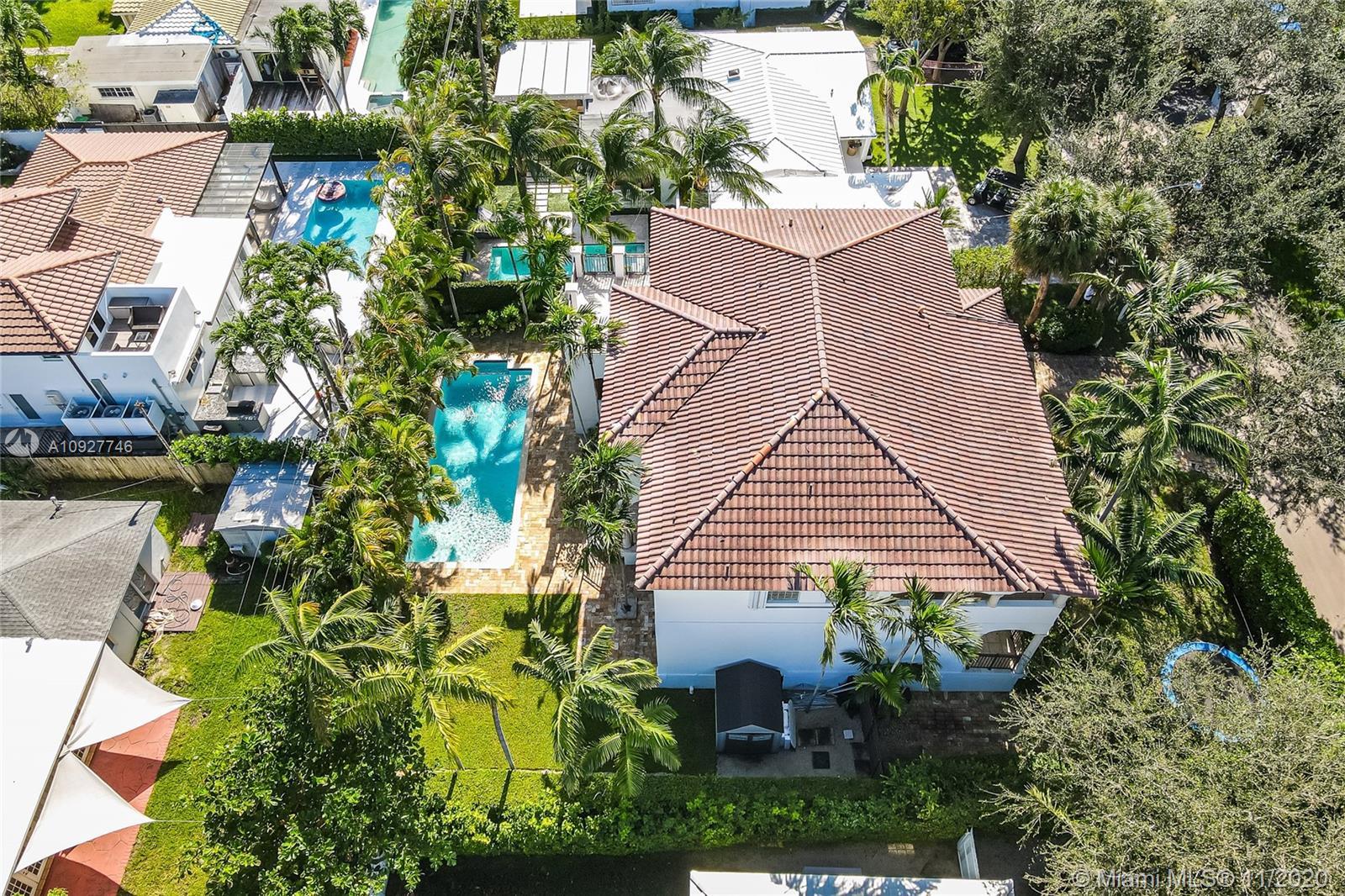 Tropical Isle Homes - 445 Warren Ln, Key Biscayne, FL 33149
