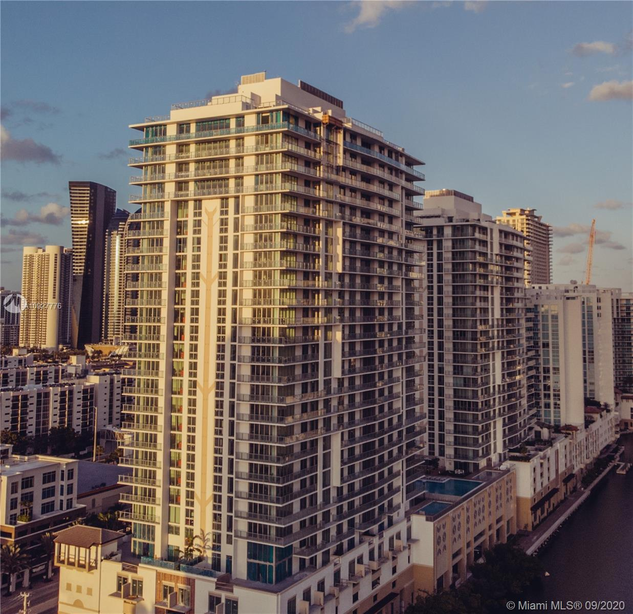 Photo of 330 Sunny Isles Blvd #2103 listing for Sale