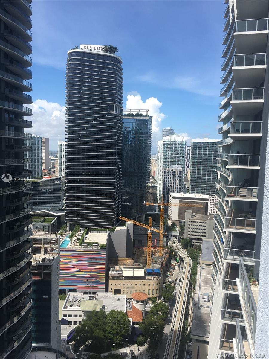 1050 Brickell Ave #3418 photo08