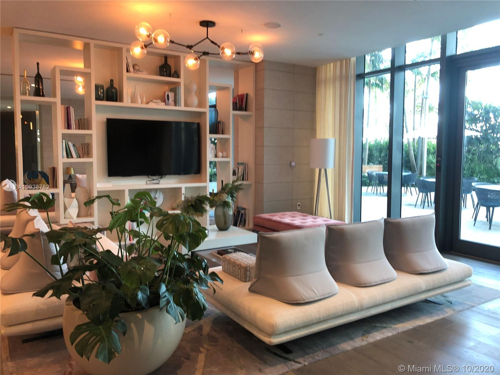 Photo of 650 NE 32nd St #1107 listing for Sale