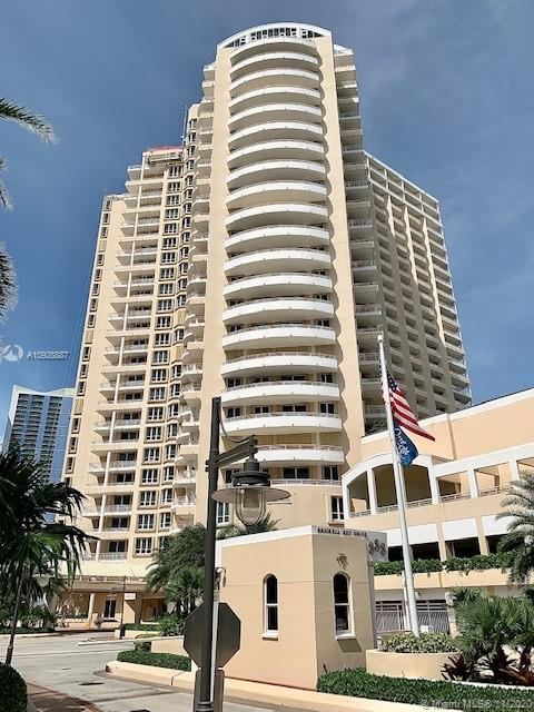 888 Brickell Key Dr #2605
