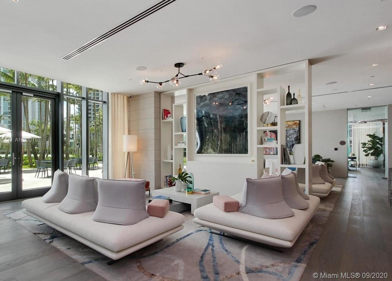 Photo of 650 NE 32nd St #602 listing for Sale
