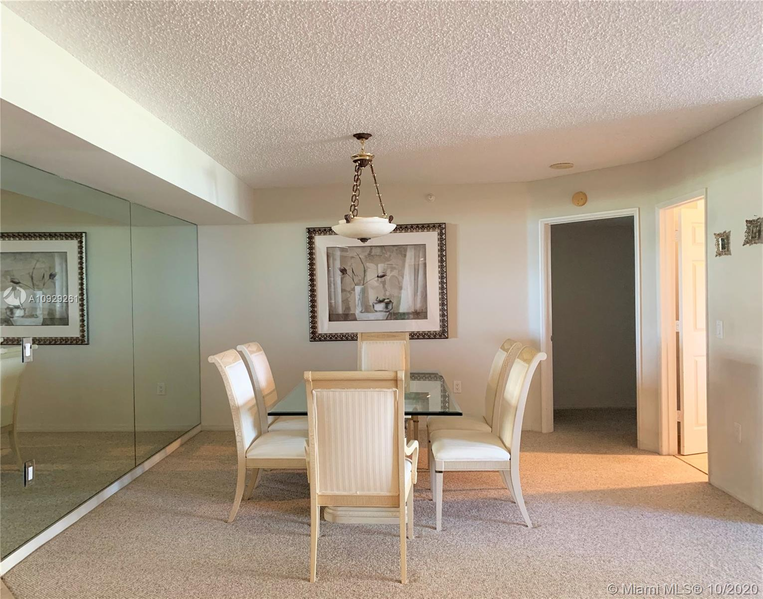 16711 Collins Ave #704 photo03