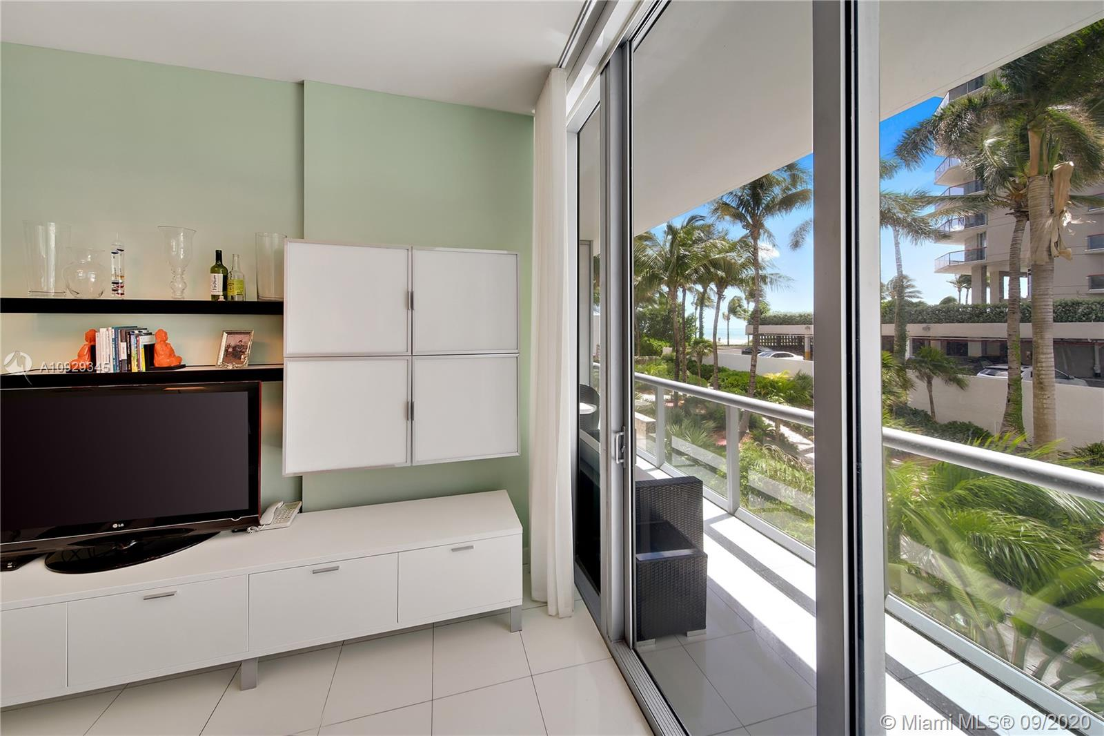 6799 Collins Ave #108 photo07