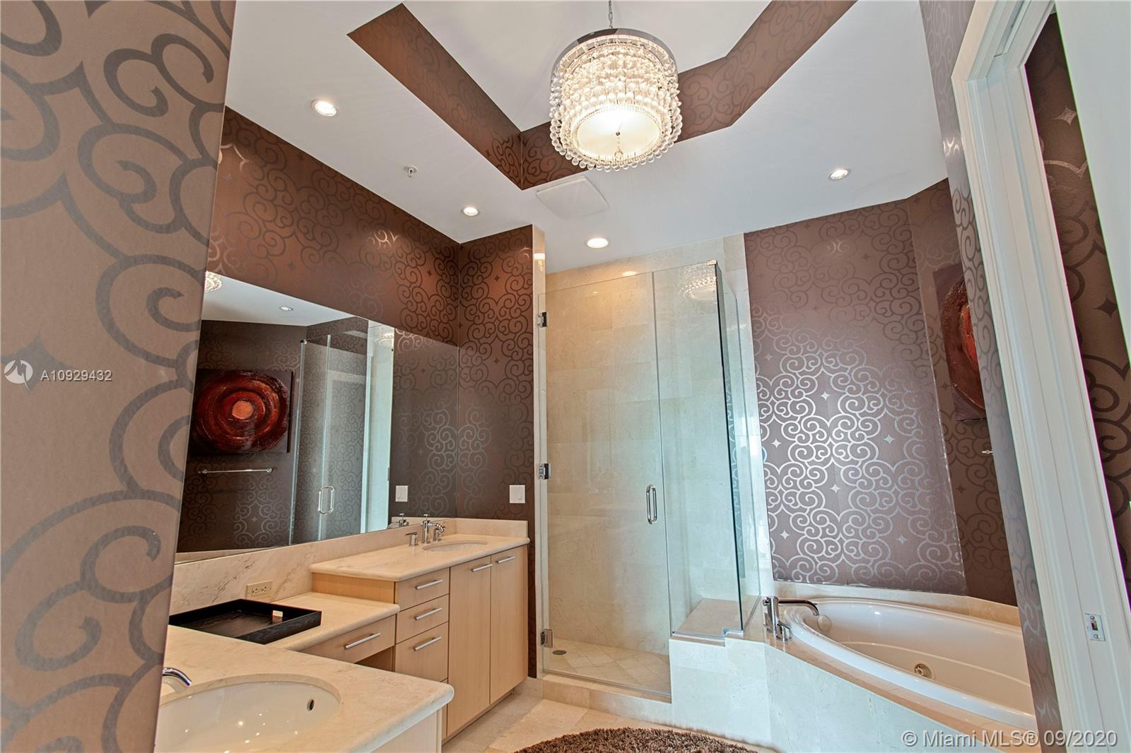 Photo of 1 N Ocean Blvd #414 listing for Sale
