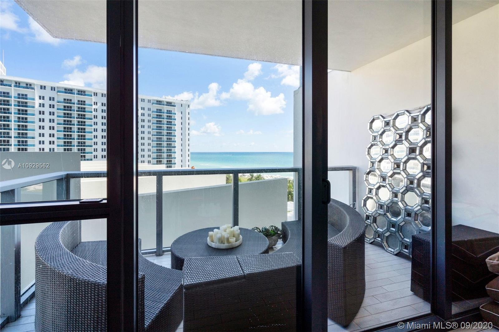 2201 Collins Ave #811 photo06